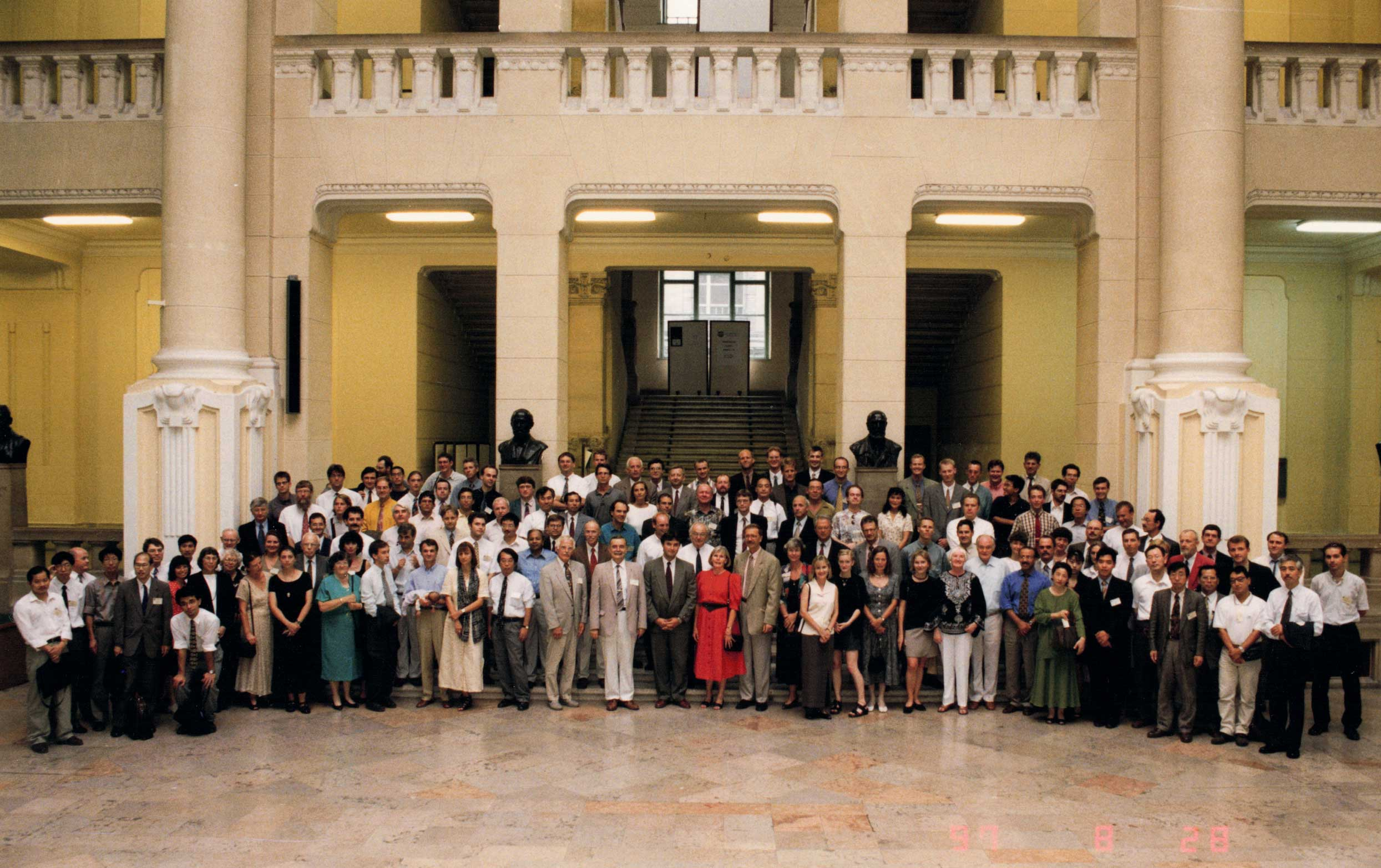 Picture of delegates of IAVSD 1997