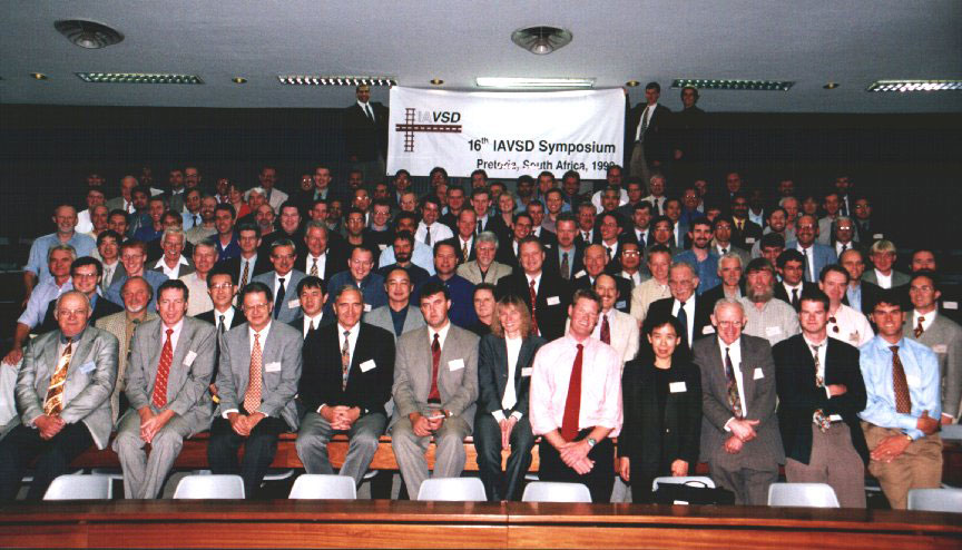 Picture of delegates of IAVSD 1999